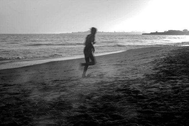 beachrunner_bw